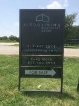 <h5>Aledo Living Real Estate Sign</h5><p>Metal Sign, Real Estate Sign, Metal Frame Sign</p>